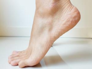 Heel and Toe Dips To Improve Circulation