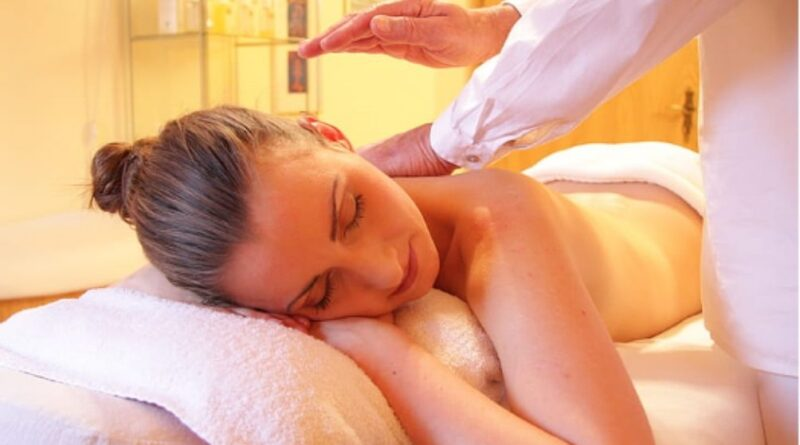 Building a profitable business as an in-home massage therapist