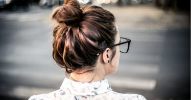 Melbourne mobile hair stylist gives styling tips to moms